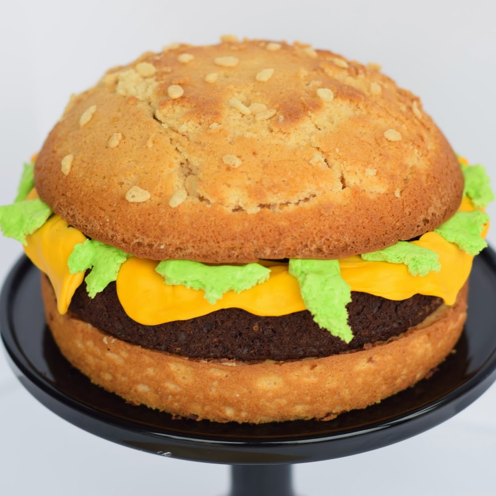 Easy Burger Cake Recipe