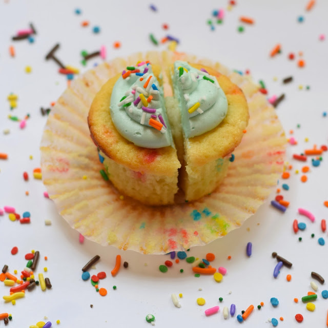 copycat mollys cupcake recipe