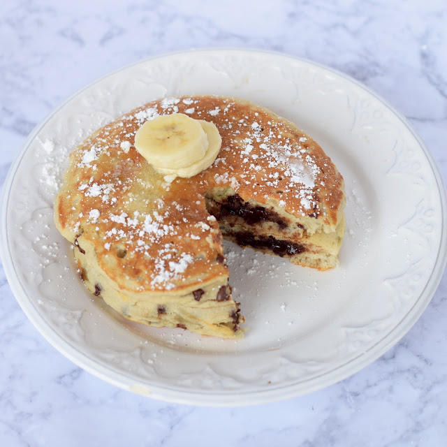 banana chocolate stuffed pancakes