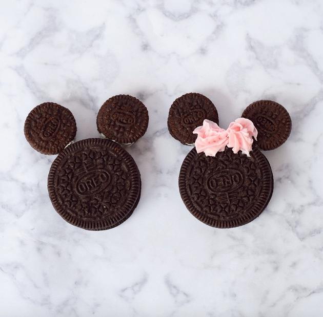 Mickey & Minnie Mouse Oreos