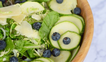 blueberry candy onion zucchini salad