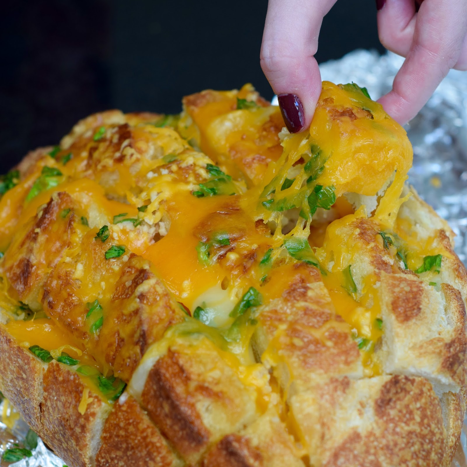 Public Lives: Bustle | Secret Recipes: Bloomin' Onion Cheesey Bread