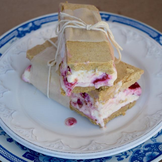 raspberry ice cream pie recipe