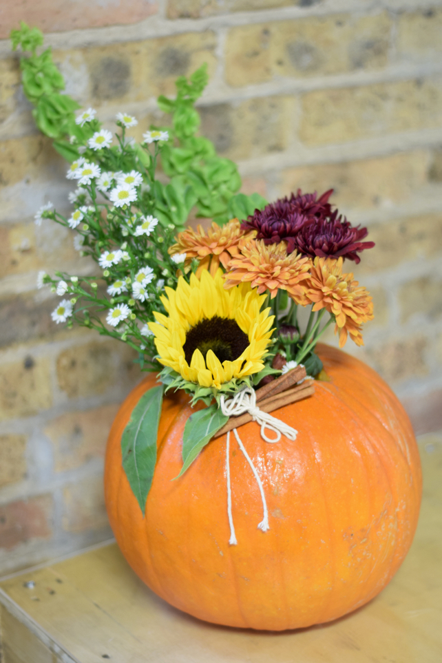 DIY Pumpkin Centerpiece