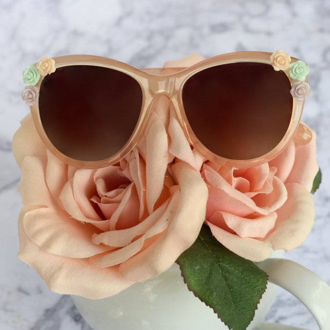 DIY Tutorial Flower Sunglasses