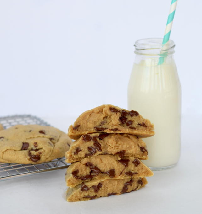 Levain Bakery Chocolate Chip Cookie Recipe