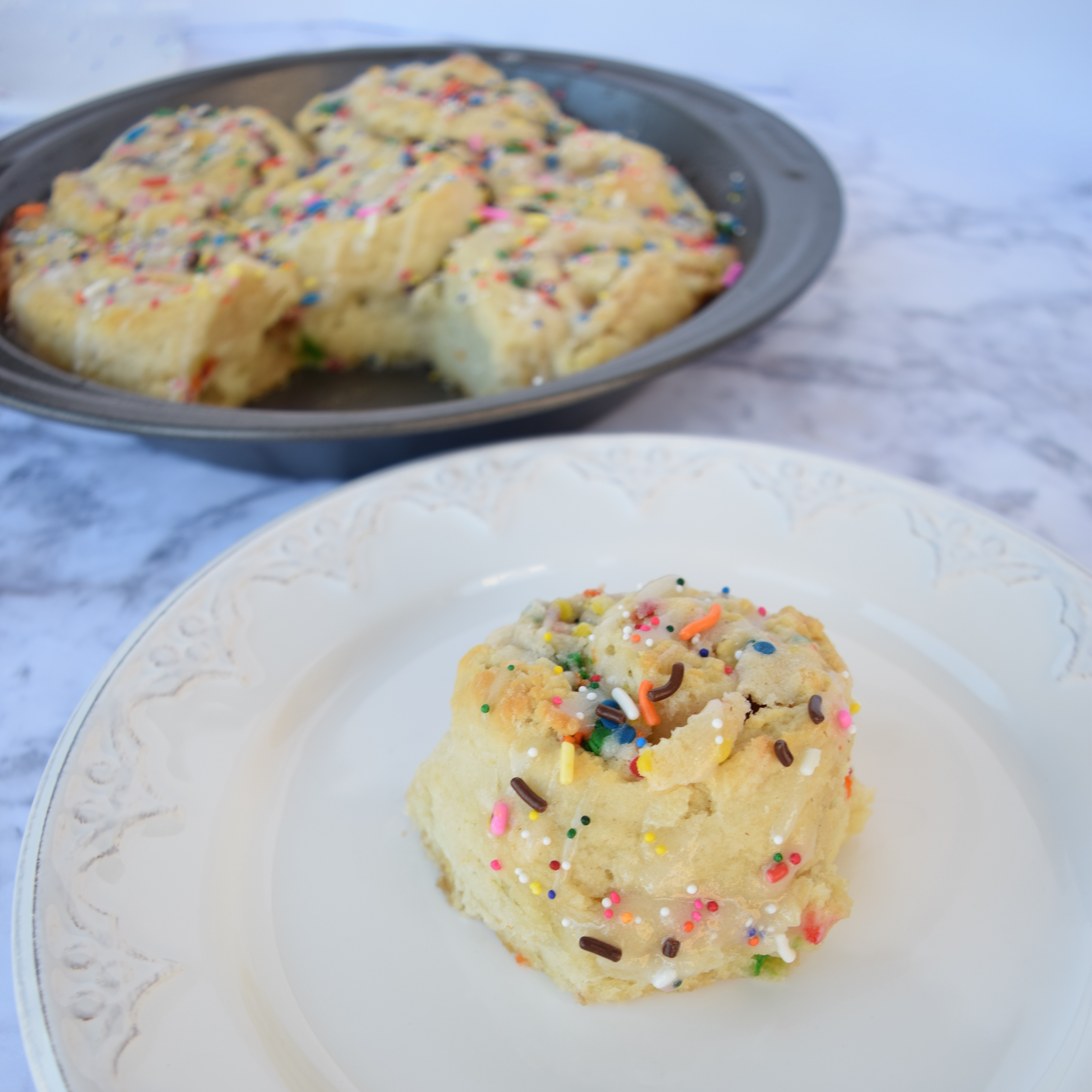 cake-batter-cinnamon-roll-recipe-