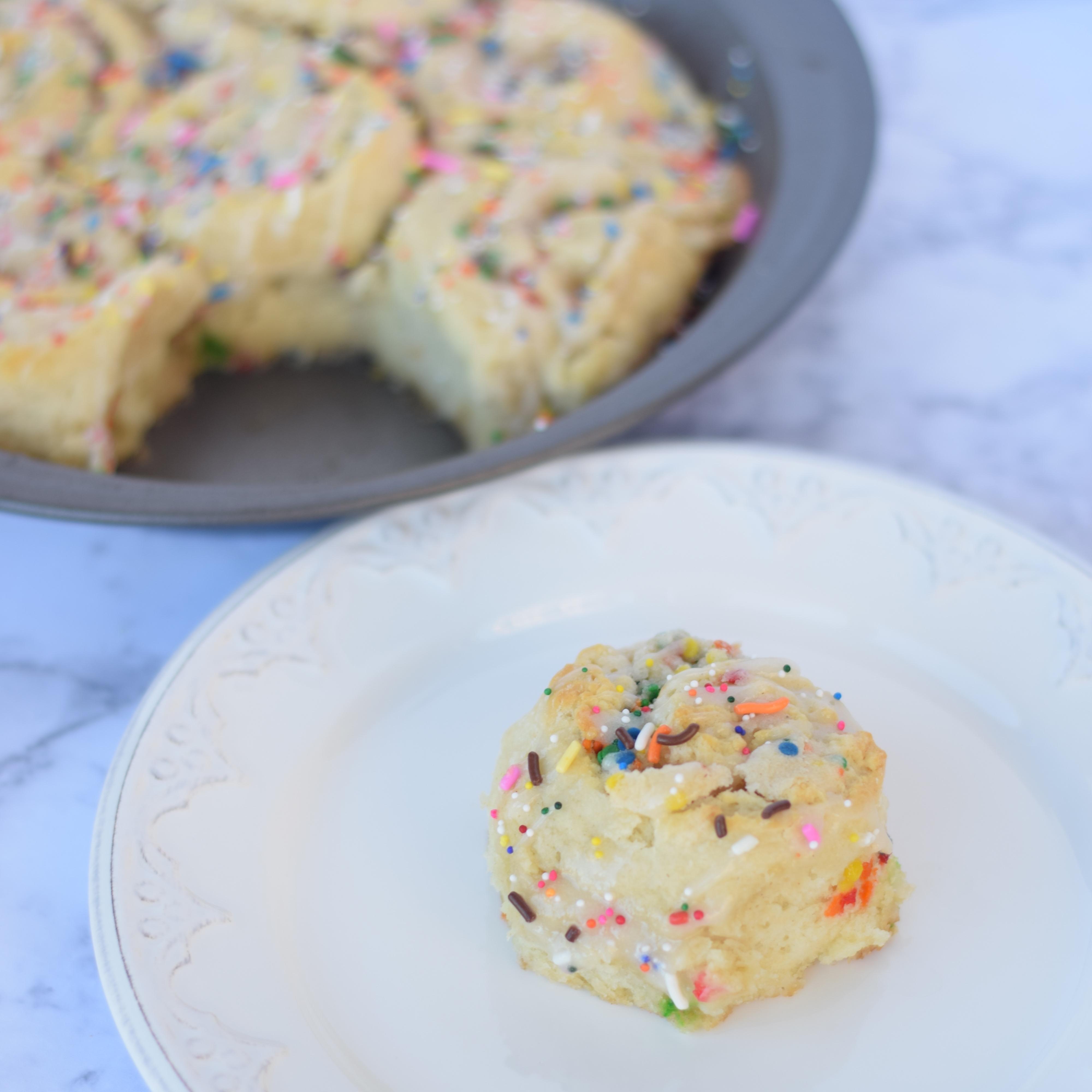 cake-batter-cinnamon-rolls-