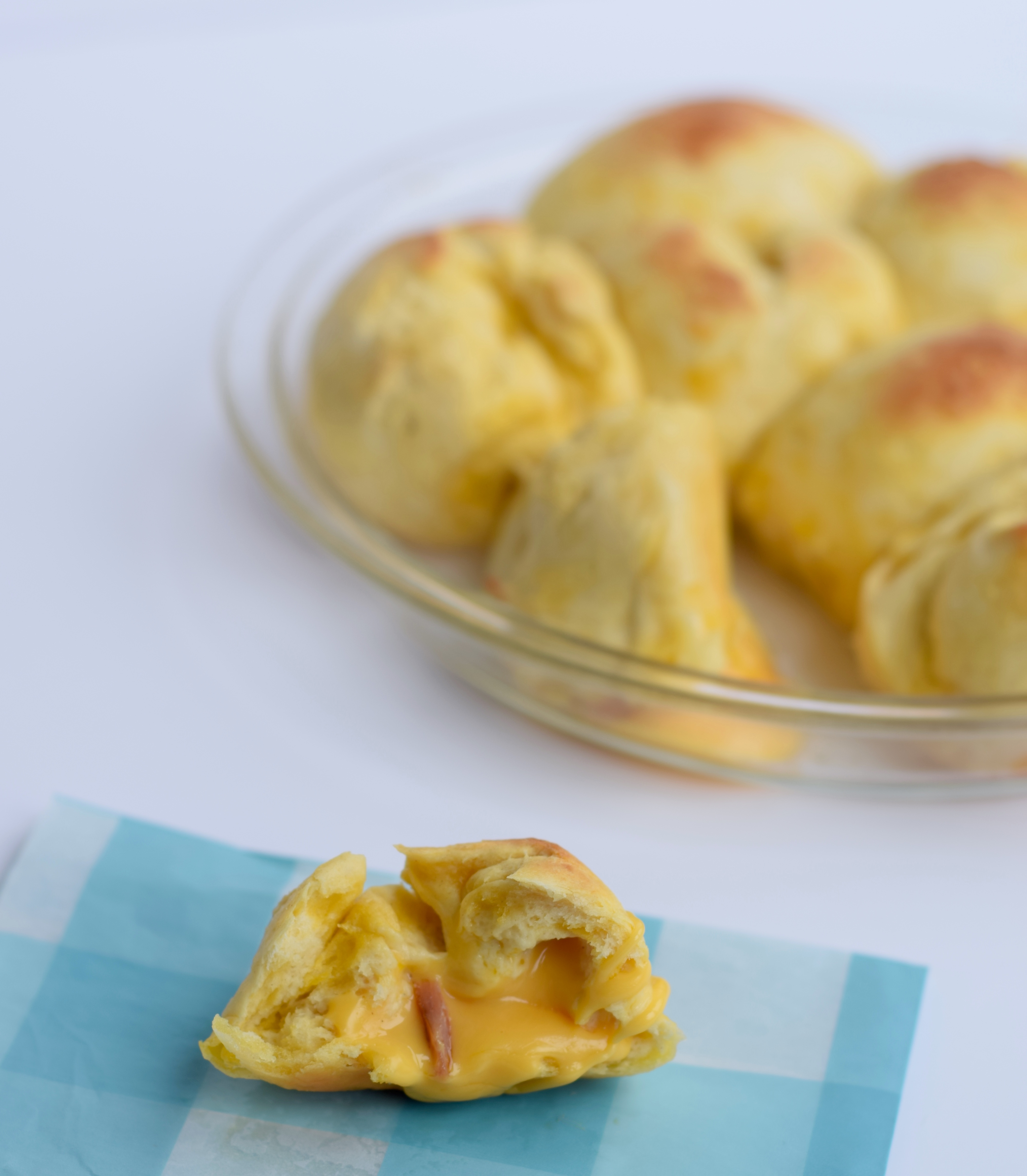 Ham-and-Cheese-Pull-Apart-Biscuits
