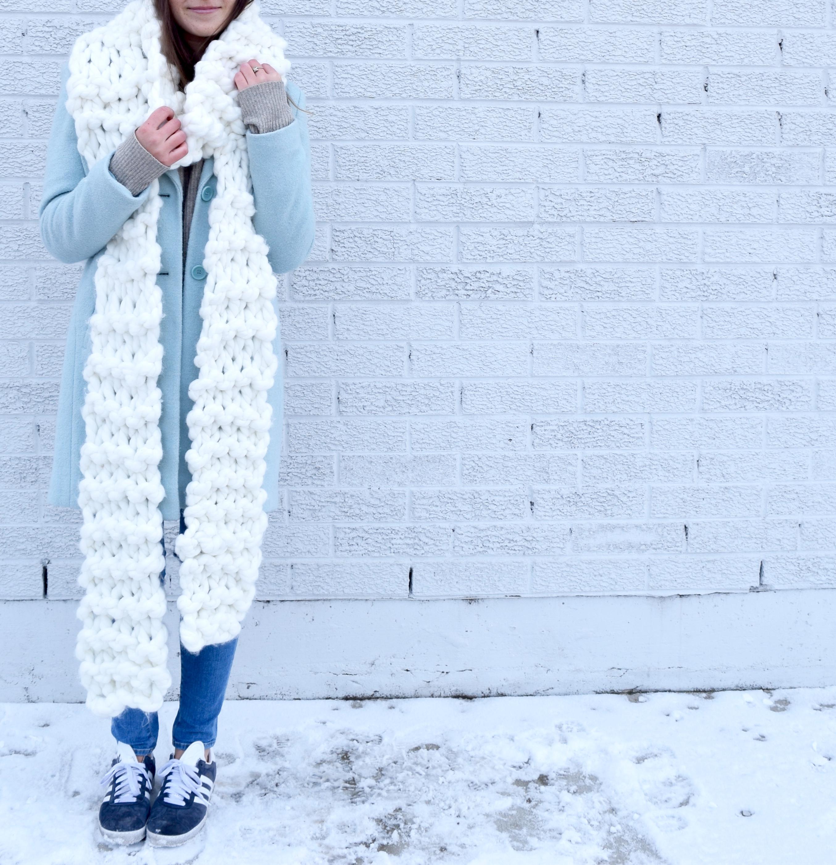 Oversized Chunky Knit Scarf