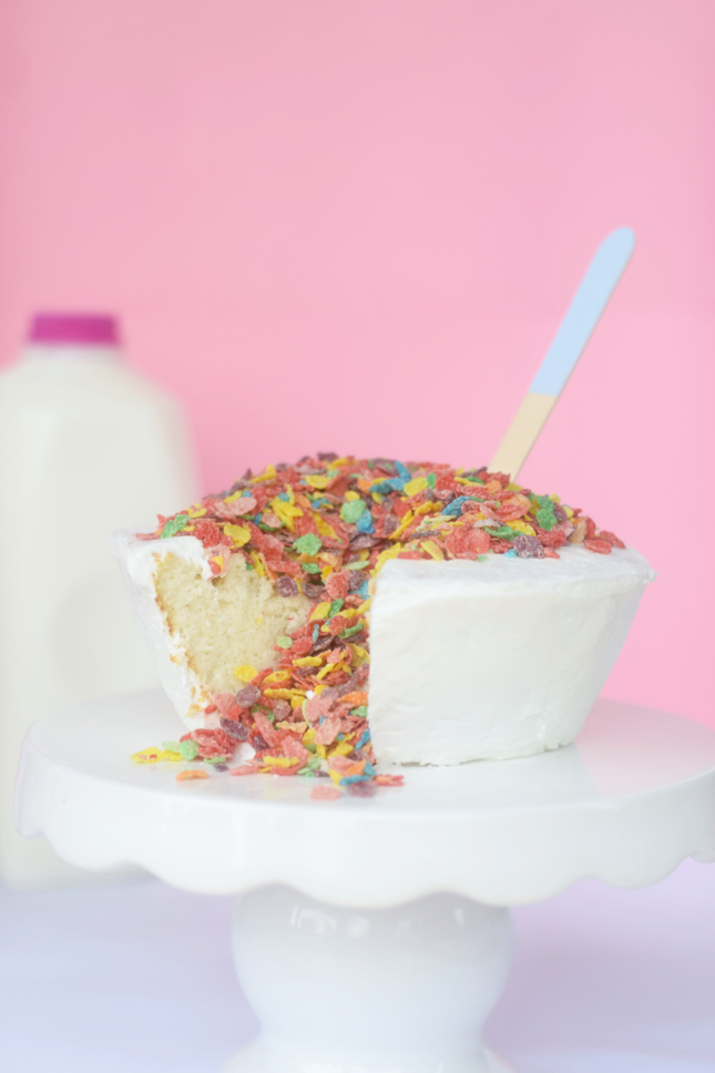 Cereal & Milk Cake
