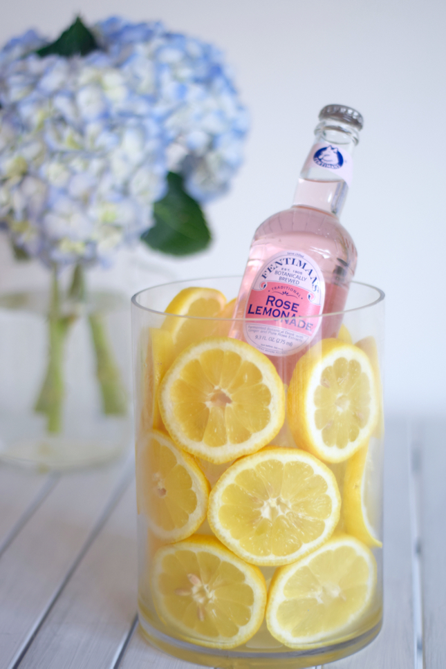 Keep Drinks Cool With Lemon Jar