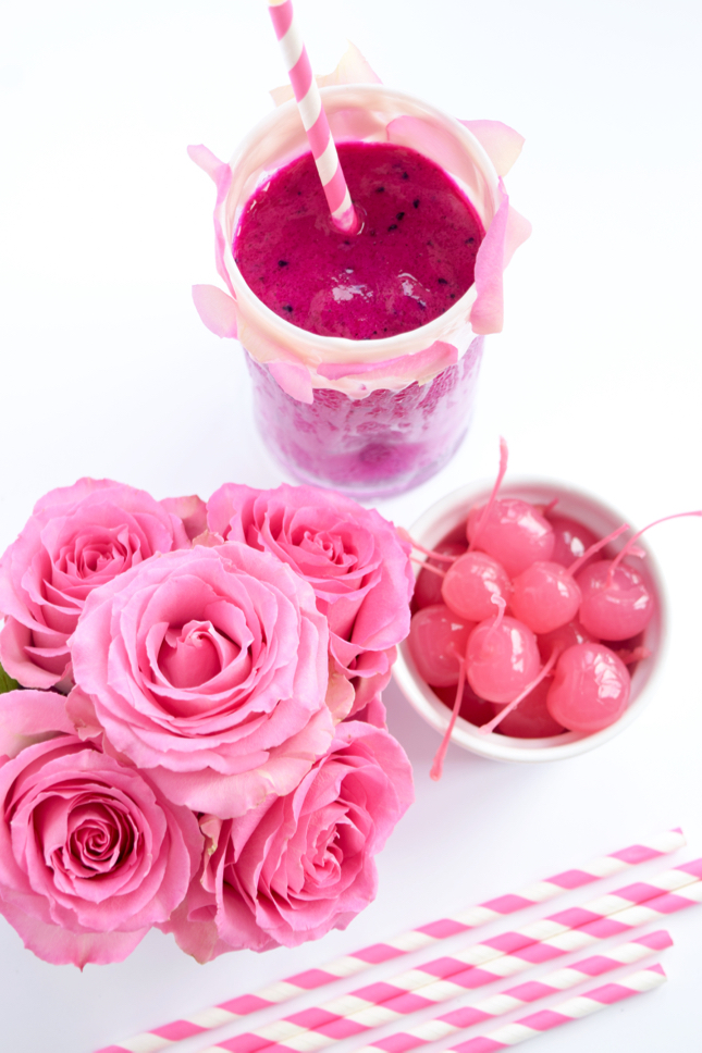 Pitaya Smoothie Recipe with FAB-U-WISH
