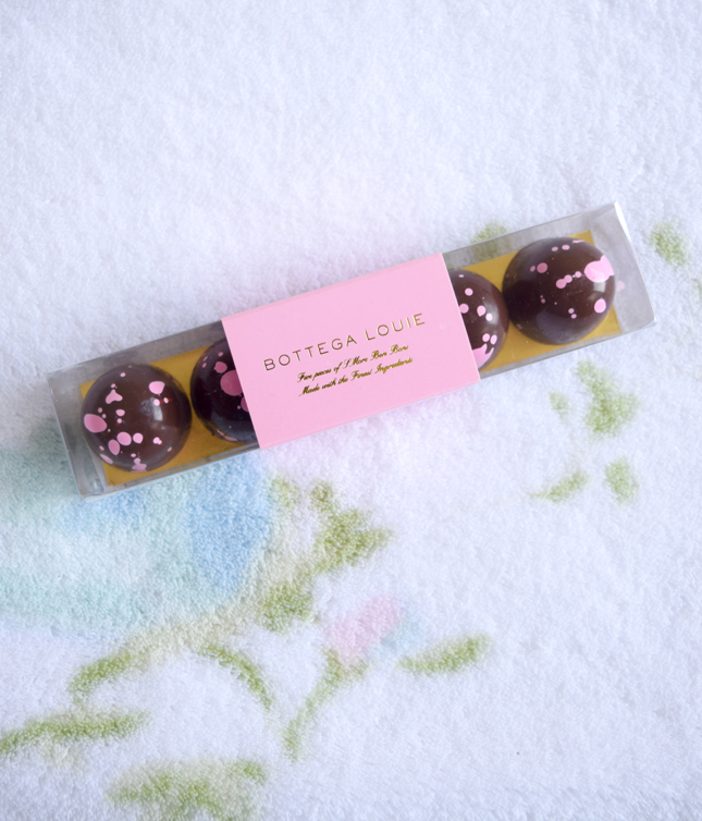 Review of Bottega Louie S'mores Bon Bons