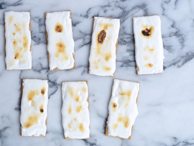 Toasted S'more Candy Bar Recipe