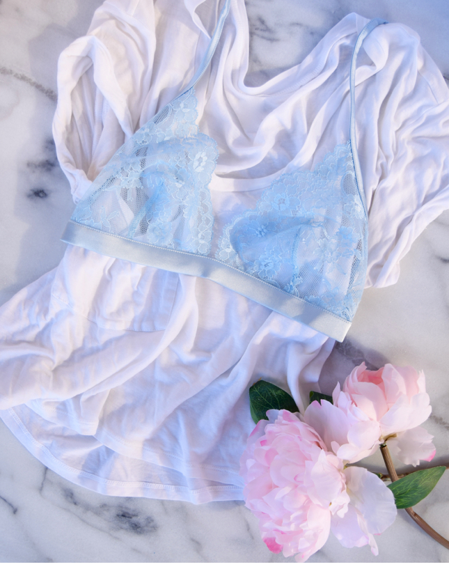 Bra Over Shirt Fashion Blogger