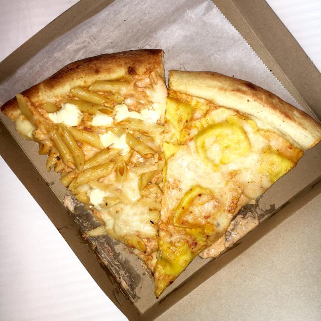 RockysII Ravioli Pizza