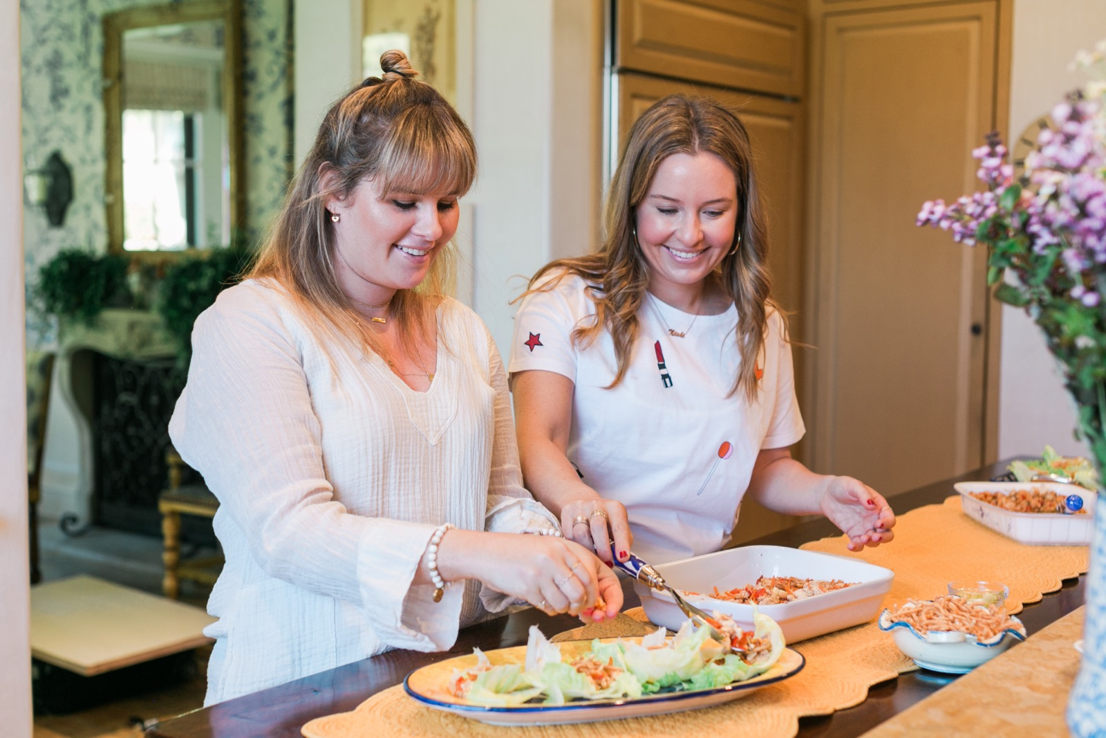 In The Kitchen with Stephi & Nicki of Blushington